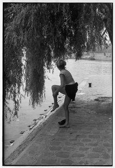 Henri Cartier-Bresson FRANCE. Paris. Square du Vert-Galant. 1955.