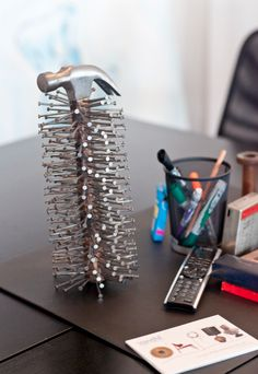 The Roger Mag Issue Ii Great Desk Accessories At Vandm Officedesign Therogermag