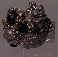 Anillo: Satellites  Colección: Diamond  Materiales: Plata 925, Turmalina, Perlas de Tahití y Diamantes.