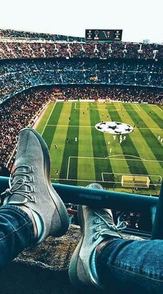 Coincircle Join now guys! Football Is Life, Football Art, Football Stadiums, Football Players, Neymar Football, Messi Soccer, Soccer Stadium, Soccer Art, Soccer Poster