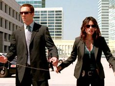 """Detectives Charlie Crews and Dani Reese stand outside the station when they feel a mild tremor. """"Did you feel that?"""" Charlie asks. Reese wonders why someone always asks that when you're right besid. Tv Show Life, Life Tv, Damian Lewis, Life Sentence, Private Investigator, Book Tv, Do You Feel, Lawyers, Cops"""