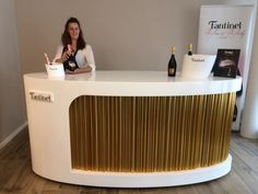 #Fantinel #Prosecco #Bar has arrived in #Switzerland! CAMPANILE WINE STORE   KASERNENSTRASSE 6  9100 - HERISAU / AR  ph. + 41 079 388 70 54  pino.campanile@eccplus.ch  #wine #bubbles #winelover #winetime #madeinitaly #design #lifestyle #elegance