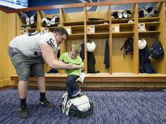 Penn State football players host Thon kids, Photo Gallery | PennLive.com