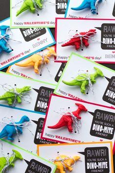 dino-mite Valentine with free printable Kinder Valentines, My Funny Valentine, Valentines Day Party, Valentine Day Crafts, Dinosaur Valentines, Valentine Ideas, Valentinstag Party, Dinosaur Birthday Party, Boy Birthday