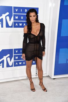 The VMAs Best Dressed Celebrities: Kim Kardashian West, Britney Spears, and More - Vogue