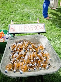 wedding+bar+ideas+to+serve+drinks+for+backyard+weddings