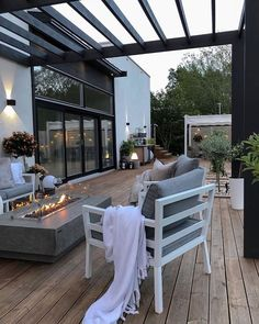 """ATM Outdoor Living on Instagram: """"A stunning outdoor space! 🔥 📸: @interiorbylindawallgren"""" Outdoor Spaces, Outdoor Living, Outdoor Decor, Living Room Modern, Living Room Decor, Dyi, Best Decor, Balcony Furniture, Interior Decorating"""