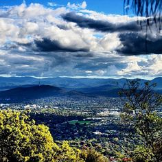We love this view from Mount Majura captured so beautifully by Instagrammer wanderlust73!