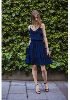 Vestido azul volantes tirantes