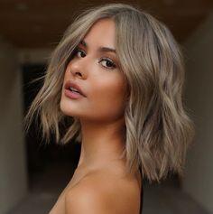 Medium Hair Cuts, Long Hair Cuts, Medium Hair Styles, Curly Hair Styles, Hair Cut Styles, One Length Haircuts, New Haircuts, Popular Haircuts, Blonde Bob Haircut