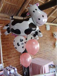 New party hard photos Ideas Farm Animal Party, Farm Animal Birthday, Barnyard Party, Farm Birthday, Farm Party, Cow Birthday Parties, Girl 2nd Birthday, Cowgirl Birthday, Birthday Ideas