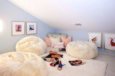 Teen Girl's Attic Bedrooms - Design photos, ideas and inspiration. Amazing gallery of interior design and decorating ideas of Teen Girl's Attic Bedrooms in bedrooms, gardens, girl's rooms by elite interior designers. Teenage Girl Bedrooms, Girls Bedroom, Bedroom Ideas, Bedroom Wall, Diy Bedroom, Teen Hangout Room, Teen Lounge Rooms, Chill Room, Attic Playroom