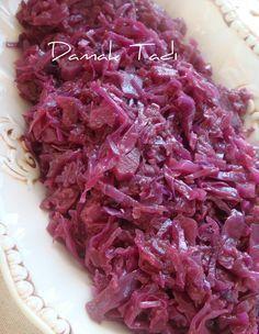 Et yemeklerinizin yanında sunabileceğiniz nefis mi nefis Alman salatasını yine paylaşmak istedim sizlere..Bu salata Almanlar'ın vazgeçilmezi...