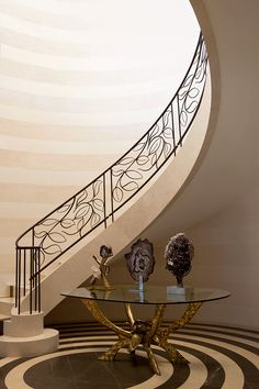 wrought iron stair railing ideas luxury classic staircase design staircases pinterest. Black Bedroom Furniture Sets. Home Design Ideas