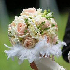 roses-pearlsflowers-delivery-uk