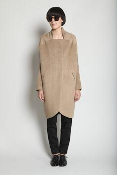 Totokaelo camel coat
