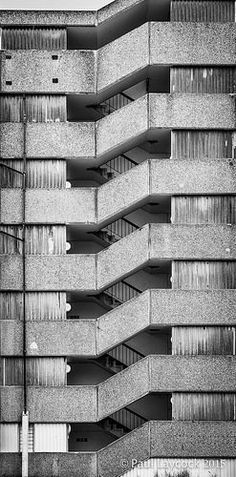 Minimal Architecture, Concrete Architecture, Concrete Building, Beautiful Architecture, Architecture Details, Interior Architecture, Geometric Photography, Urban Photography, Brutalist Design