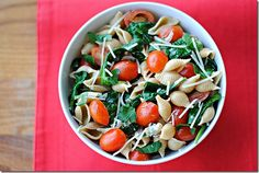 Spinach-Tomato Pasta  9 WW points