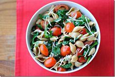 Skinny Spinach Tomato Pasta