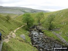 kingsdale - Google Search Yorkshire Dales, Beautiful Landscapes, Britain, England, Google Search, Places, Water, Travel, Outdoor