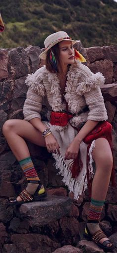 Catherine McNeil is photographed by Mariano Vivanco and styled by Olga Dunina on location in Peru in the editorial 'The Heart of the Mountains' for the March 2014 issue of Vogue Russia, with hair by James Brown and makeup by Zoe Taylor Ethnic Chic, Ethnic Fashion, Colorful Fashion, Boho Fashion, Fashion Design, Fashion Shoot, Editorial Fashion, Moda Peru, Catherine Mcneil