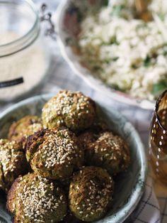 Edamame falafels Edamame, Vegan Dinners, Healthy Recipes, Healthy Food, Digital Camera, Falafels, Olympus, Ethnic Recipes, Healthy Foods