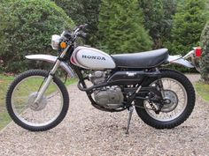 Honda has been around since building automobiles and motorcycles. The Japanese corporation is multinational and has established a strong reputation Aftermarket Motorcycle Parts, Enduro Motorcycle, Custom Motorcycle Helmets, Motorcycle Shop, Women Motorcycle, Racing Helmets, Motocross Bikes, Motorcycle Design, Honda Cb750