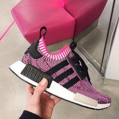 Sneakers women - Adidas NMD R1 pink