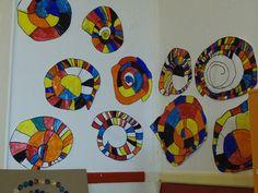 coquilles spirales avec Calder chez Yobrego: la salle des MS - école petite section