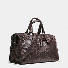 Coach Phython Leather rhyder satchel in python embossed leather STYLE NO. Casual Fashion Trends, All About Fashion, Leather Fashion, Satchel, Purses, Love, Dress Fashion, Fashion Outfits, Weekender Bags