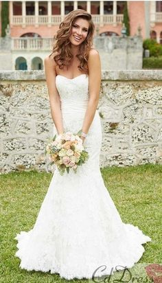 wedding dress - lovely wedding dresses - fitted mermaid style  http://www.pinterest.com/JessicaMpins/