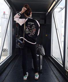 Las Vegas, here we go! ️Mandem dicas do que não podemos perder por lá! Casual Outfits, Cute Outfits, Fashion Outfits, Travel Outfits, Airport Photos, Foto Casual, Airport Style, Travel Style, Girl Photos