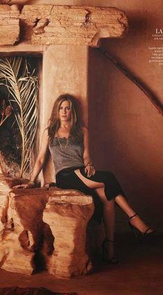 Jennifer Aniston – InStyle UK Magazine (May Female Comedians, Jennifer Aniston Hot, Uk Magazines, Instyle Magazine, Girl Model, Tie Dye Skirt, Creme, Celebs, Photoshoot