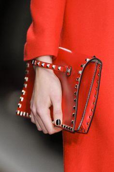 Gucci   Clutch purse \ bag \ love  Ladies / women fashion