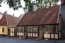 Hans Christian Andersens barndomshjem i Munkemøllestræde i Odense. Han boede har fra 1807-1819