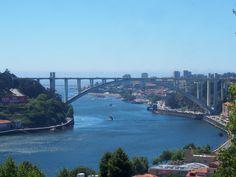 Arrabida Bridg Porto, Portugal