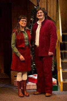 En fröjdefull jul av Alan Ayckbourn. Scenograf Mona Knutsdotter. Kostymdesigner Ina Andersson. Fotograf Marcus Hagman.
