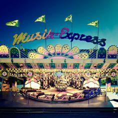 Musik-Express by Nick Frank, via 500px