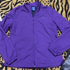 🅡🅔🅔🅑🅞🅚 purple light netted inside jacket Reebok purple light weight netted inside jacket. Gently used. Good condition!! Reebok Jackets & Coats