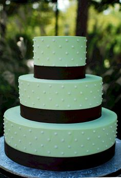 Green & Brown Wedding Cake This shade green doesn't look all that appetizing, but the dots are neat