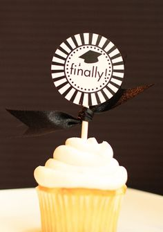 Printable Graduation Cupcake Toppers - Class of 2012
