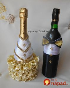 Hey friends, here are some pictures of bottle decorations. When guests come to home, you can tr Recycled Wine Bottles, Wine Bottle Art, Diy Bottle, Wine Bottle Crafts, Wrapped Wine Bottles, Bottles And Jars, Glass Bottles, Perfume Bottles, Bridal Wine Glasses