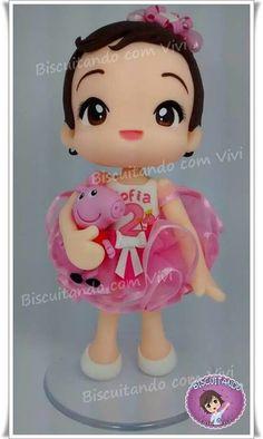 Boneca em biscuit com peppa pig