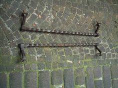 TRE maniglioni anni 20 in ferro battuto 2