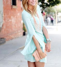 such a pretty classy outfit!