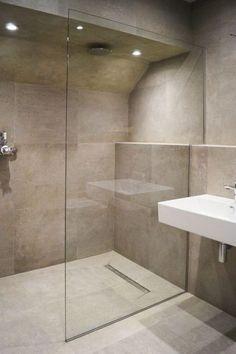 Walk-in Shower Enclosures 28 Inspirational Walk in Shower Tile Ideas for a Joyful Showering Modern Bathroom Design, Bathroom Interior Design, Modern Design, Walk In Shower Enclosures, Walk In Shower Screens, Small Bathroom With Shower, Bathroom Showers, Small Bathrooms, Shower Rooms