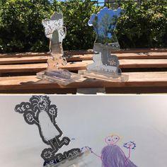 Trophé de remerciement pour maitresse d'école – Gravure laser dessin d'enfant – Plexiglass miroir et 10mm – Imprimerie ICB Gravure Laser, Plexiglass, Child Art, Printing, Laser Cutting, Mirror