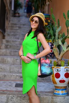 International-fashion-blog International Travel blog| Visit Taormina, Sicilia  | #Cvetybaby http://cvetybaby.com/taormina/ #sicilia #travel #fblogger #blog #blogger #sicily