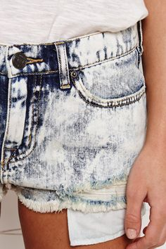 BDG Blue Acid Wash Shorts at Urban Outfitters
