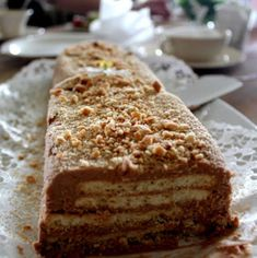 Rex-kakku | Juhli ja nauti | Soppa365 Krispie Treats, Rice Krispies, Piece Of Cakes, Tiramisu, Banana Bread, Food And Drink, Baking, Ethnic Recipes, Desserts